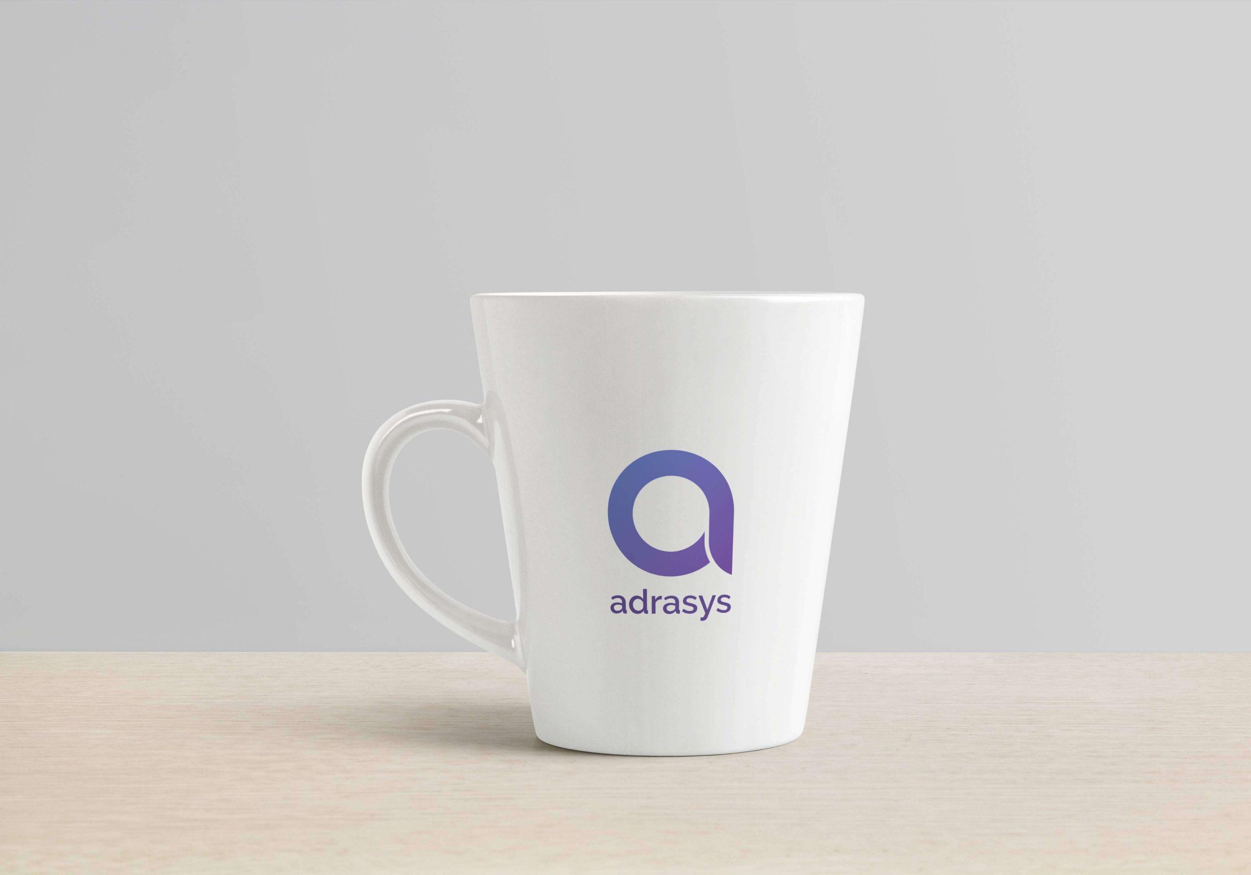 Photo du logo Adrasys apposé sur un mug.